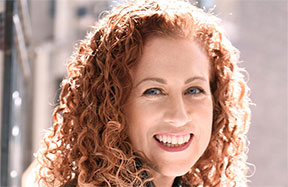 Jodi Picoult &#8211; <em>Leaving Time</em>