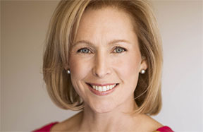 Kirsten Gillibrand &#8211; <em>Off the Sidelines</em>